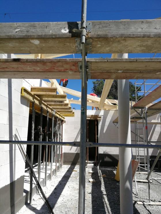 Dachstuhl Überstand Terrasse
