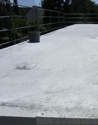 Decke betoniert - Lüftungsrohr