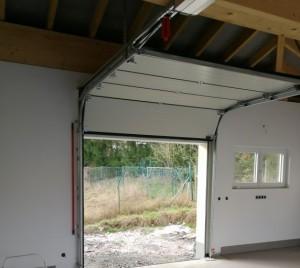 aufhängung kleines garagentor