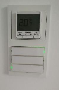 Schalter mit Thermostat