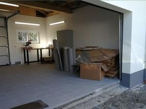 Garage als Werkstatt und Pappenlager